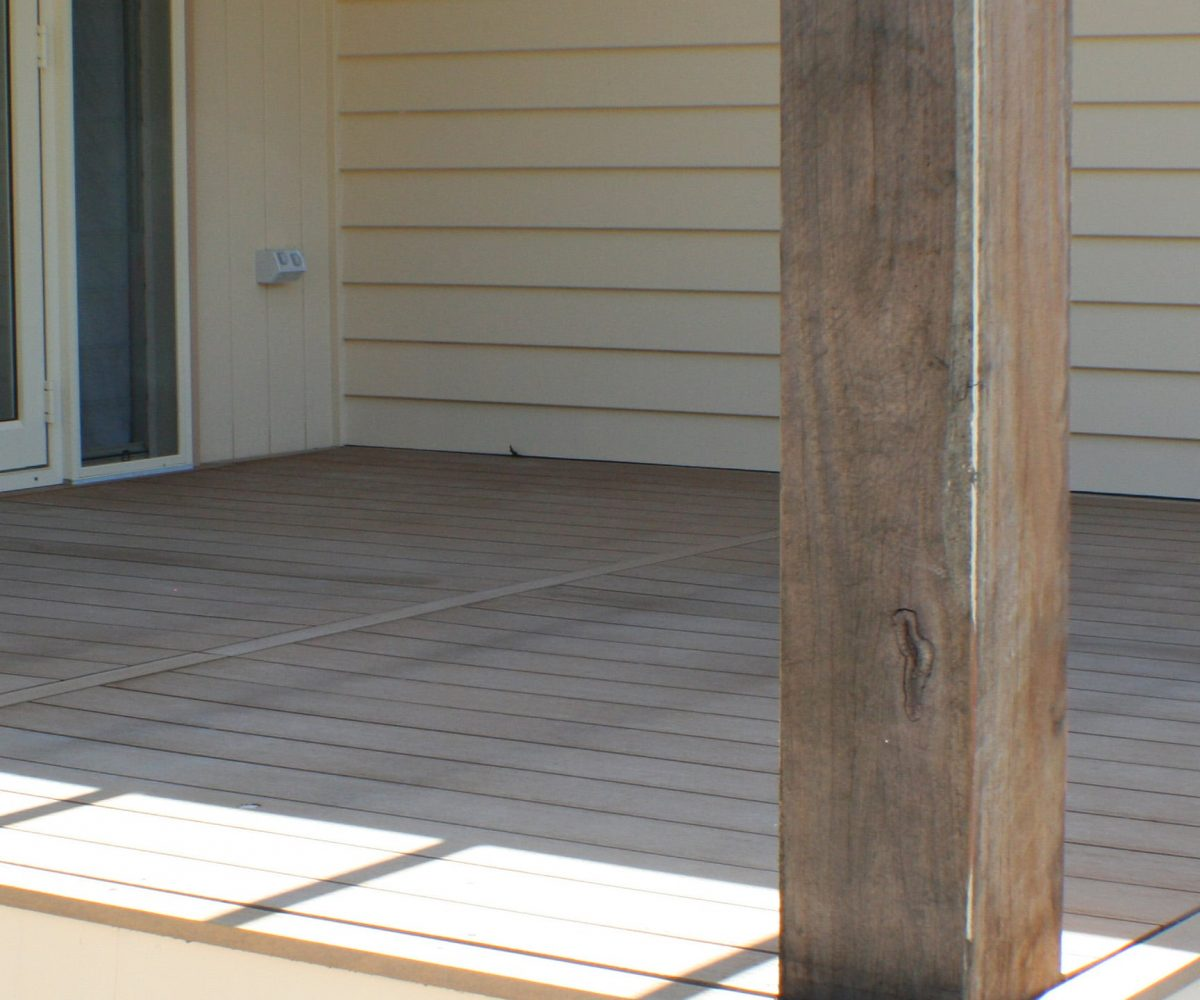 DECKER COMPOSITE DECKING ECO-VILLGE COFFS HARBOUR