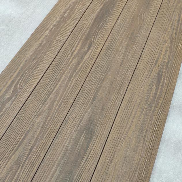 Four decking boards together; PERLABOARD GRIGIO