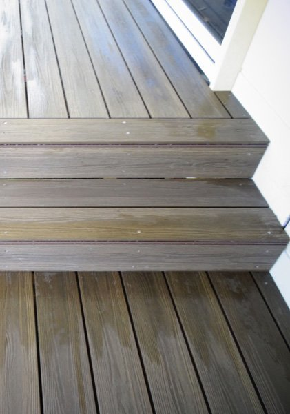 PERLABOARD DECKING AND STEPS - GRIGIO