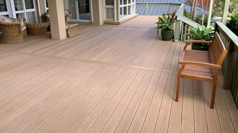 PERLABOARD LUXURY PLASTIC DECK IN DORATO WIDE ANGLE FINISHED DECK