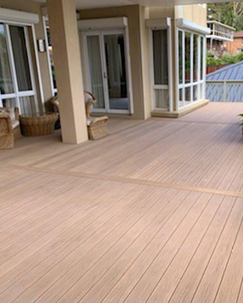 Finished luxury Perlaboard deck